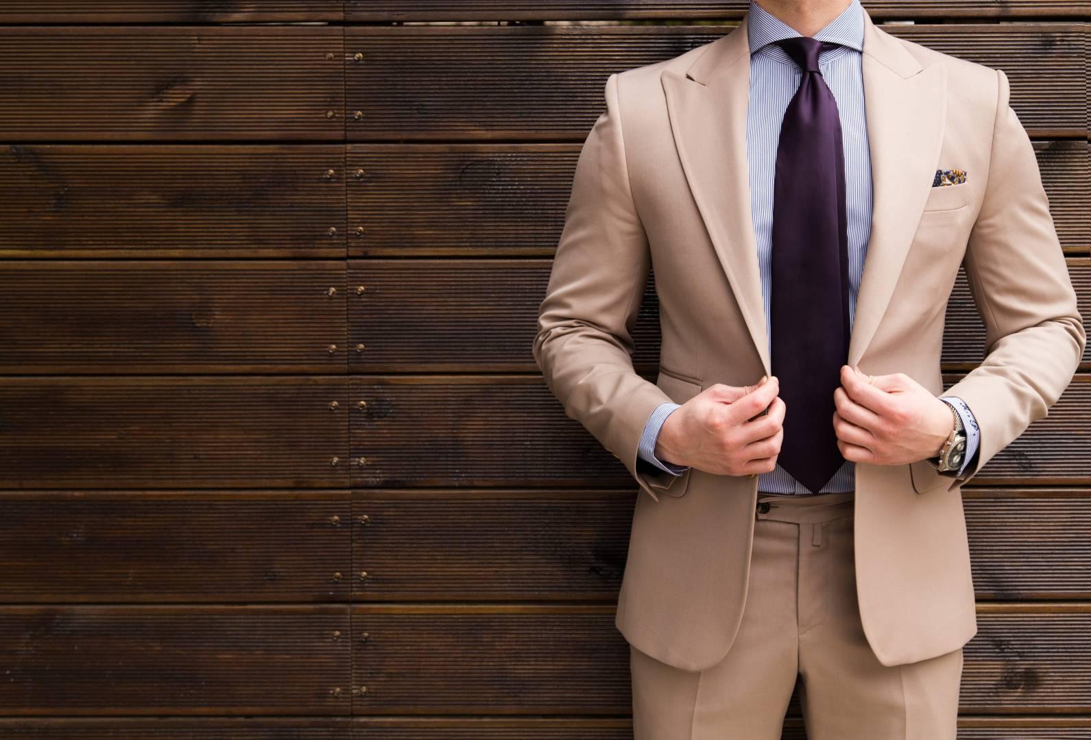 Tailor Italian Wear Cover